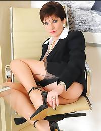 Seamed stockings on beautiful milf