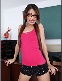 Ditsy Pigtailed Teen Veronica Fucks Teacher