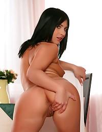 Zina wants to show us her Internal Pleasures.