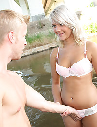 Horny dude banging a hot blondes wide open snatch