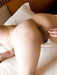 Delicious Asian Babe Seducing