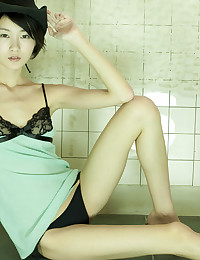 Flawlessly Gorgeous Asian Beauty Strips