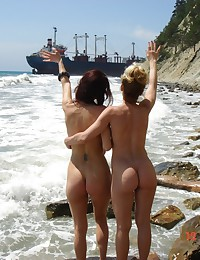Stolen nudism and naturism pi...