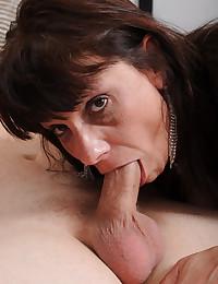 Big titty milf craves sex