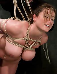 Heavy rope bondage on tits