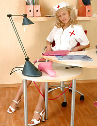 Sultry Nurse Exposes Her Petite Feet