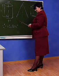 Mature teacher pussy filled up