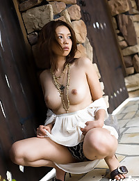 Playful Asian Minx Seduces Her Fans