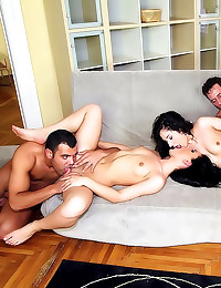 Group sex Euro chicks love di...