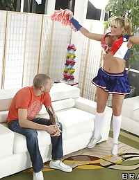 Cheerleader Alanah Pounds Hard Rod