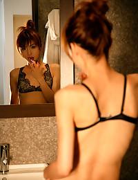 Pretty Asian Babe Exposes Killer Curves