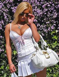 Slutty dress on Shyla Stylez