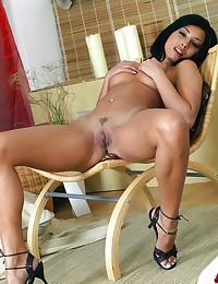 Lustful hot Indian lassie wanks a-hole