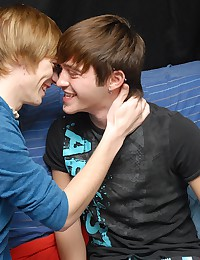 Twinks play with hot oral
