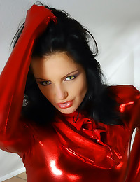 Super flexible brunette hotti...