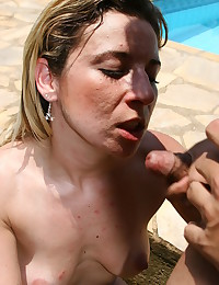 Hot babe fisted by her man