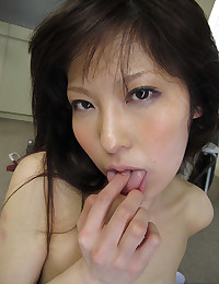 Adorable Japanese Babe Harumi Gets Pumped