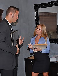Naughty Office Babe Nikki Gets Drilled