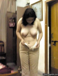 Young Indian tarts with sweet tits gets naked on cam