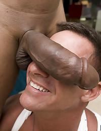 Muscular guy takes huge black cock