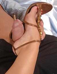 Free foot fetish porn pics