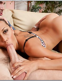 Naughty Cougar Rachel Starr Pounded