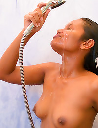 Sweet Indian takes a shower