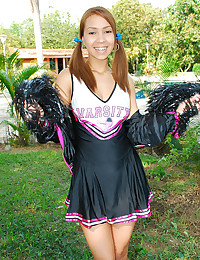 Cheerleader Latina girl