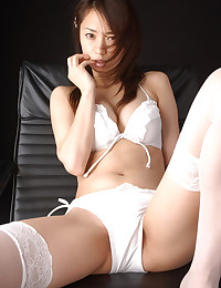 Hot Asian Looks Bangable In Lingerie