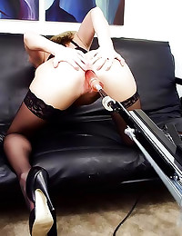 Amber Michaels sexy in solo play
