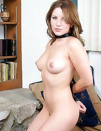 Bound beautiful brunette dild...