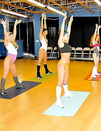 Workout girls lesbian sex org...