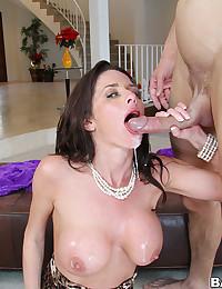 Pretty Veronica Impaled On Big Cock