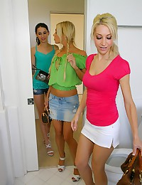 Lesbian threesome in hot sauna