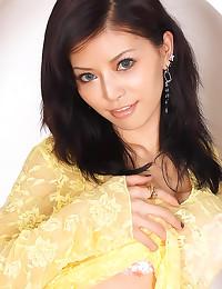 Delightful Asian girl Hotaru ...
