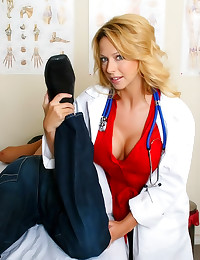 Big tits doctor gets laid