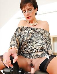 Lady Sonia rides dildo machin...