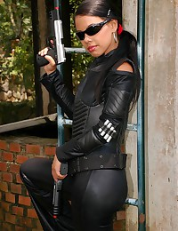 Gigi Spice - Gigi will blow your mind with her leather outfit