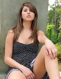 Shyla Jennings - Her public nudity includes shots of her pussy