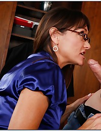 Blonde in the office fucking