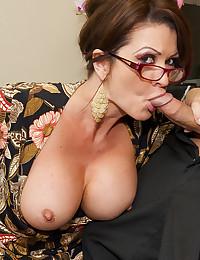 Glasses milf doing hardcore sex