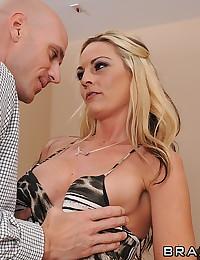 Perky big boobs babe nailed