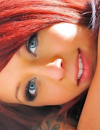 Redhead pussy close ups outdo...