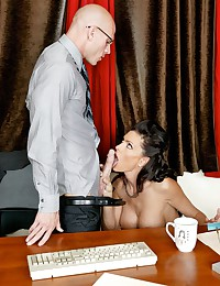 Sexy Seductress Jessica Fucked In Office