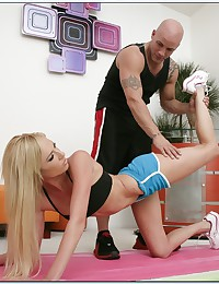 Hot workout blonde for cock