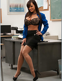 Lisa Ann Enjoys Classroom Sex
