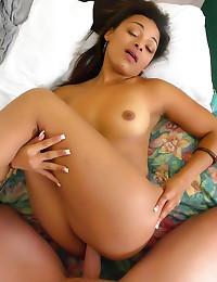 Hammering Latina in hotel roo...