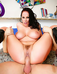 Gianna Michaels is horny cop