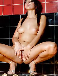 Hot Teen Monika Vesela Bath Time