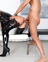 Amazing latex brooks brooklyn fucked hard in this steaming hot cumfaced black latex fuck pic set